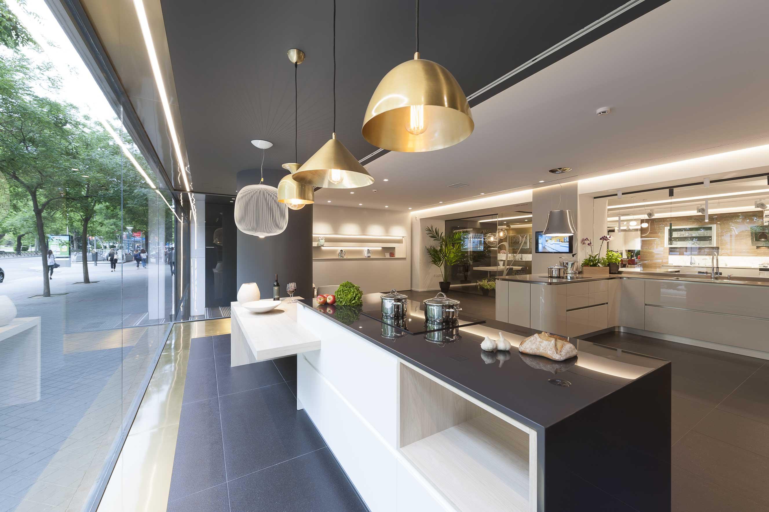 Davinia cocinas y decoraci n mobiliario de cocina en madrid for Muebles de cocina italianos