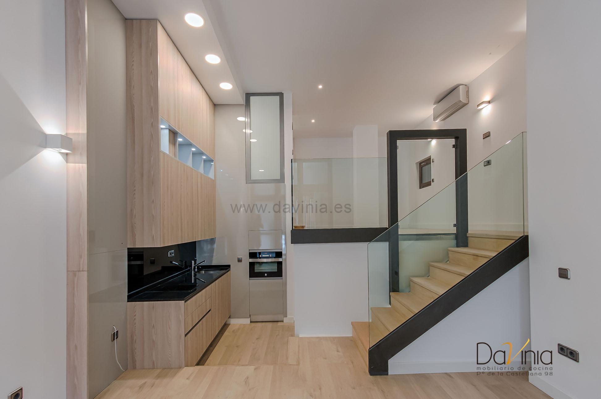 Proyecto de cocina en un tico loft de madrid davinia for Fabrica de cocinas madrid