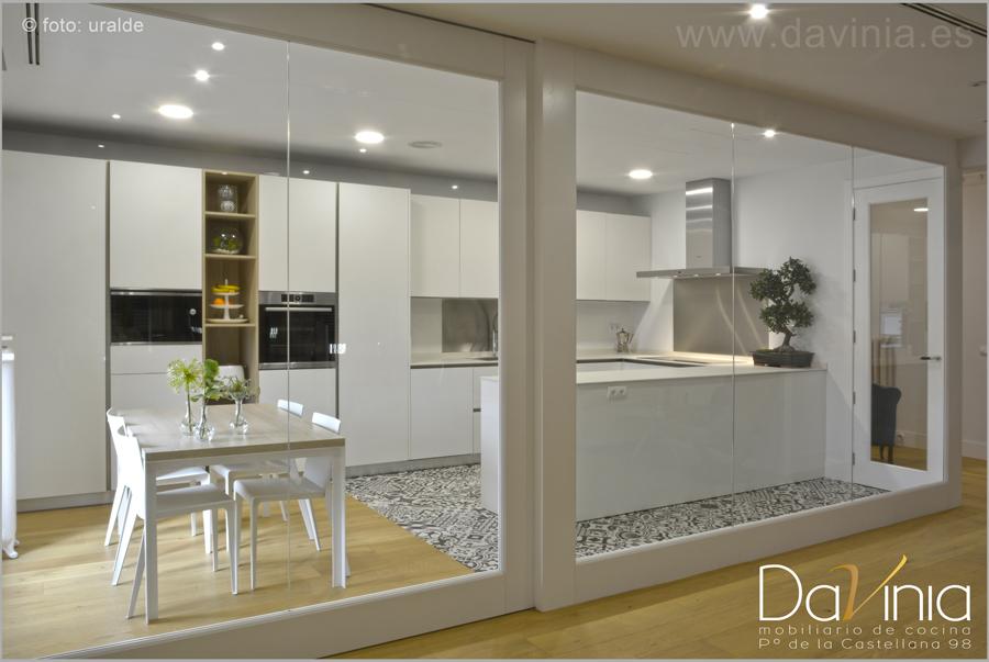 Una cocina moderna y muy luminosa: nuevo proyecto de Davinia